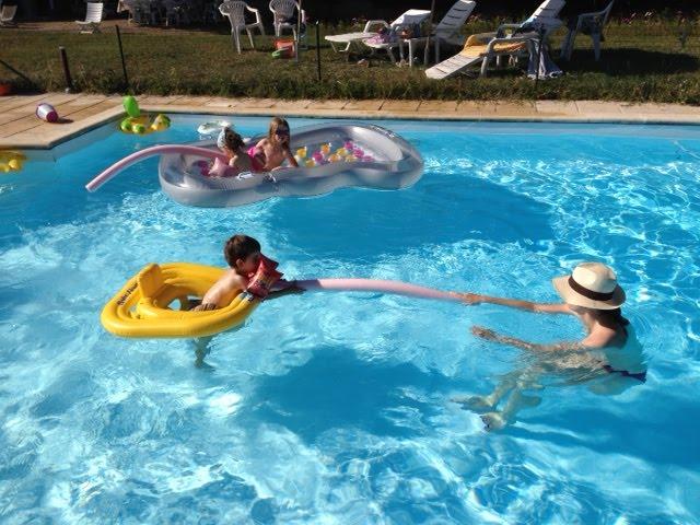 La maître-nageuse est canon !